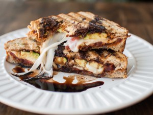 caprese grilled cheese with avocado and sundried tomato pesto5