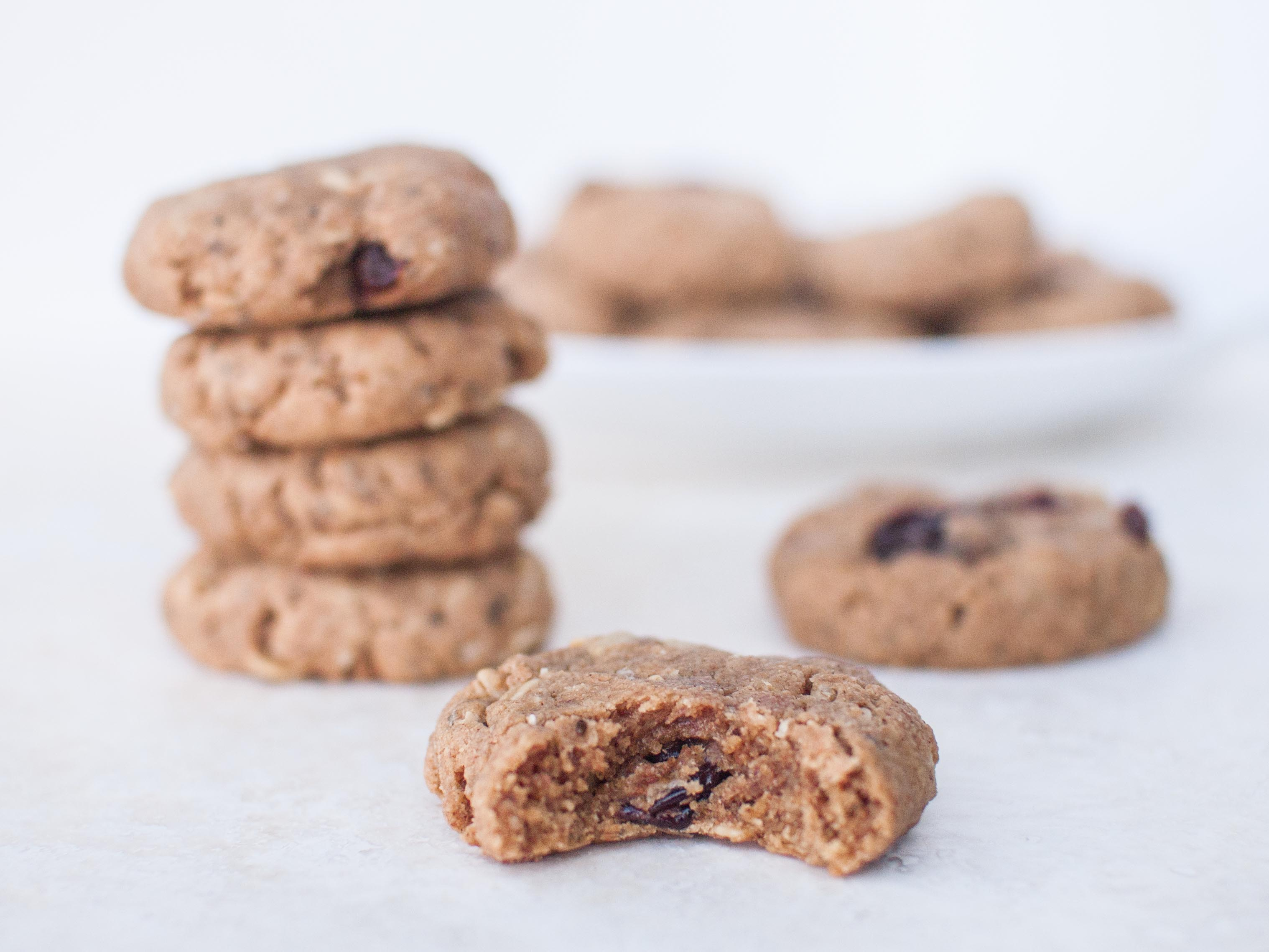 Almond Butter Oatmeal Spelt Cookies from Veggie and the Beast