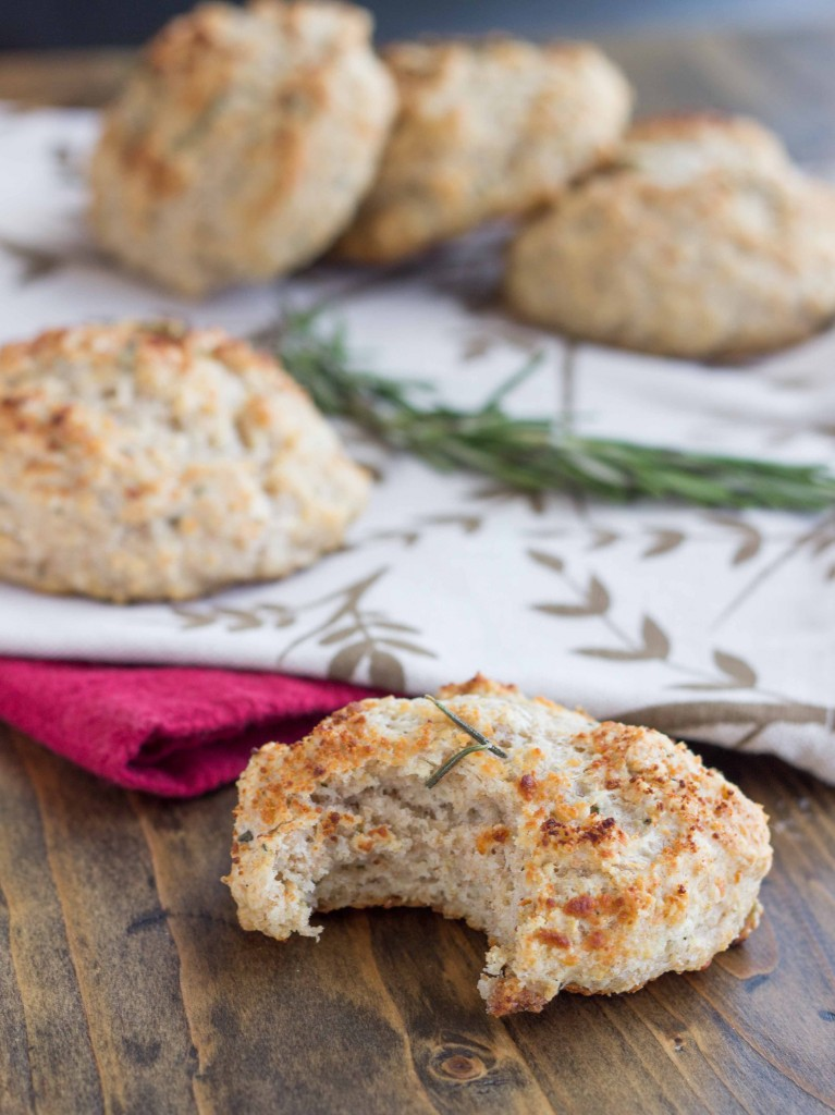 Rosemary Parmesan Drop Biscuits   Veggie and the Beast