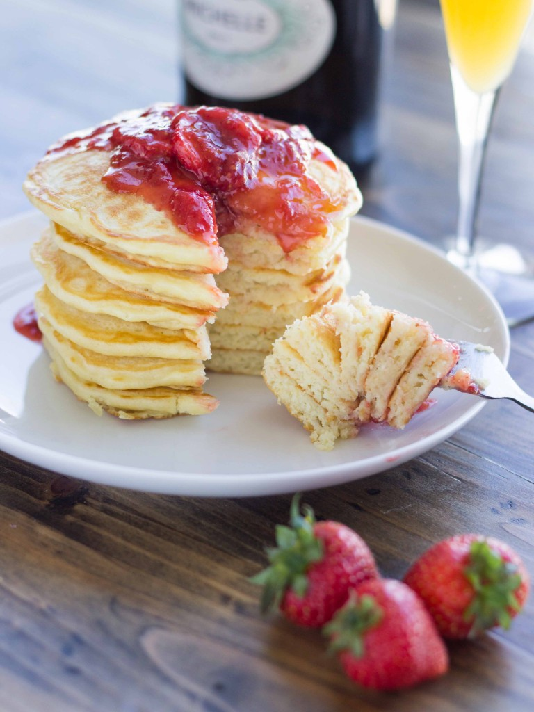 Strawberry Champagne Pancakes | Veggie and the Beast