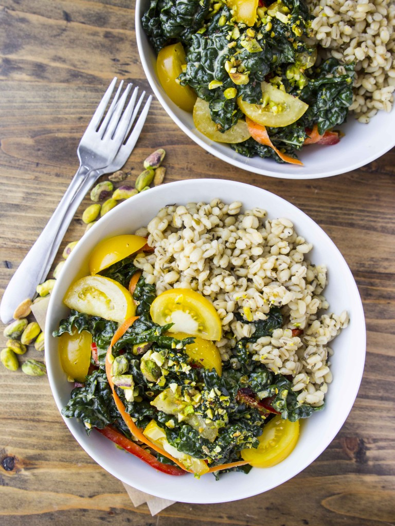 Colorful Kale and Barley Salad with Sweet Onion Lemon Dressing | Veggie and the Beast