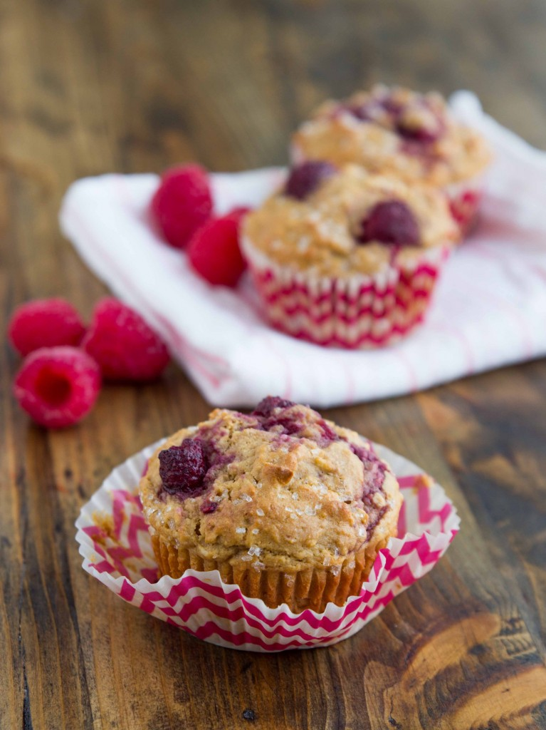 Raspberry Coconut Muffins | Veggie and the Beast #vegan #wholegrain