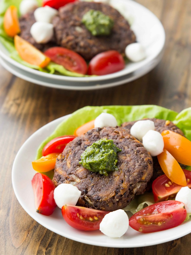 Black Bean and Sweet Potato Fritters with Pistachio Pesto | veggieandthebeastfeast.com