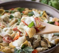 Creamy Cauliflower Pesto Shells with Burrata | veggieandthebeastfeast.com