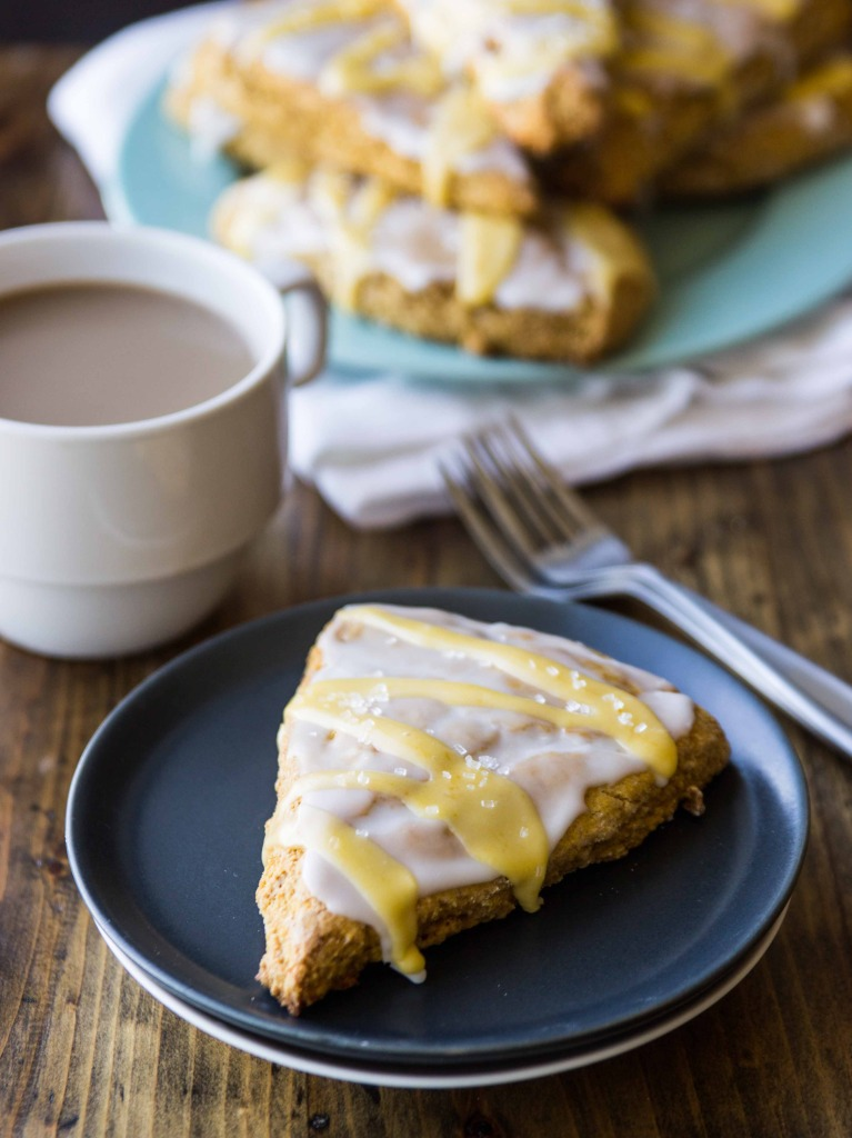Better-For-You Vegan Copycat Starbucks Pumpkin Scones // veggieandthebeastfeast.com #vegan