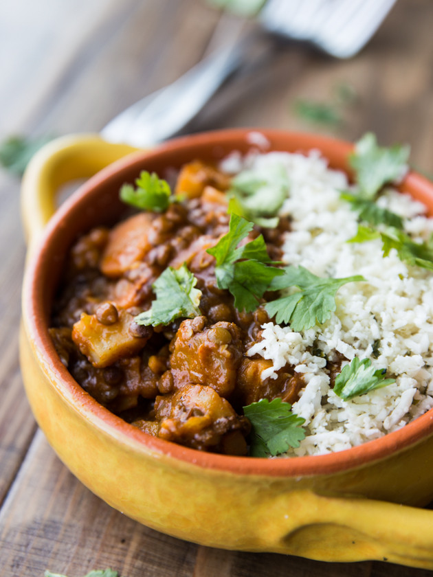 Winter Vegetable and Lentil Red Curry with Cilantro Lime Cauliflower Rice // @veggiebeastblog