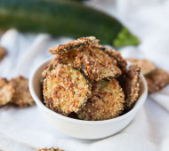 Cracker-Crusted Zucchini Chips // @veggiebeastblog