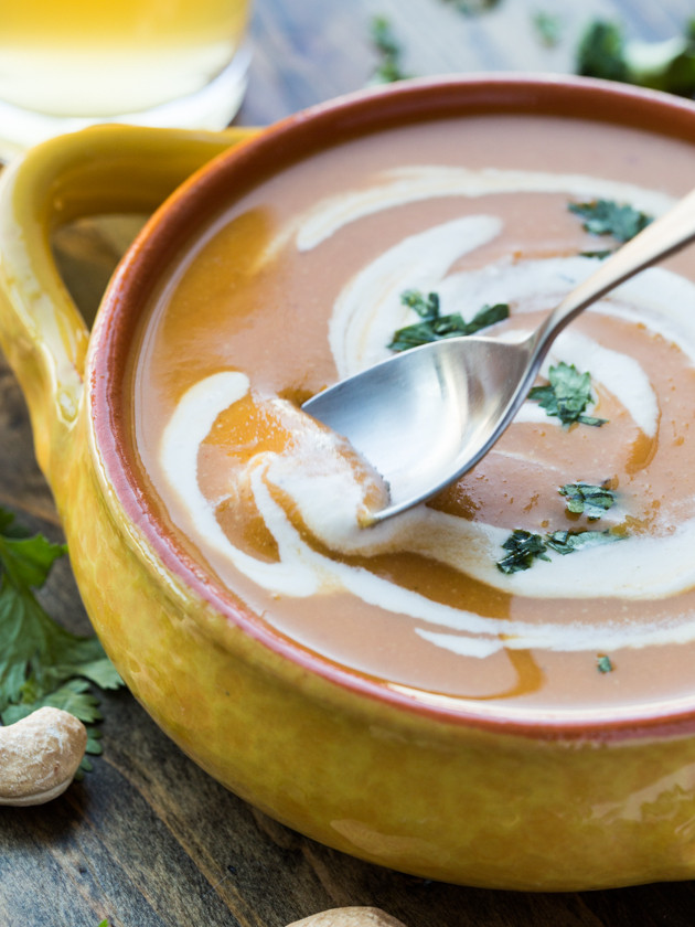 Smoky Chipotle Sweet Potato Soup with Lime Cashew Crema - easy, healthy, and addictively delicious! #vegan #glutenfree